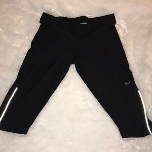 Nike running capris with reflectors size large